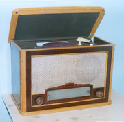 покупаем   старую   советскую   радиотехнику , приемники,  патефоны