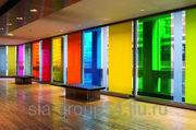 Изменение цвета стеклянного здания