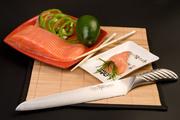 Профессиональные и бытовые кухонные ножи Tojiro