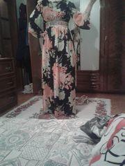 Платье вечернее стильное и качечественное.