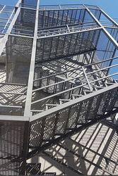 Лестницы металлические или лестницы с использованием металла.  3D прое