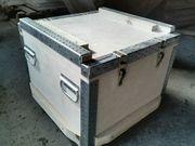Ящики и контейнеры под оборудование.