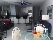 Продается прекрасная однокомнатная квартира в Майами в Халландейле