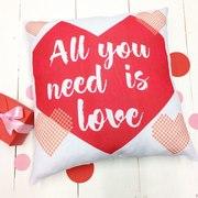 Подушки ко дню святого Валентина. Печать на подушках для любимых и род