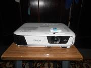 Продам Проектор Epson EB-X31