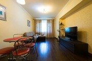 Чистая,  уютная 2-х комнатная квартира в верхней части Алматы,  пр. Достык,  д. 89,  уг. ул. Сатпаева