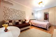 Комфортная и чистая 1-комнатная квартира в центре Алматы,  пр. Абая,  д. 59,  уг. ул. Наурызбай батыра
